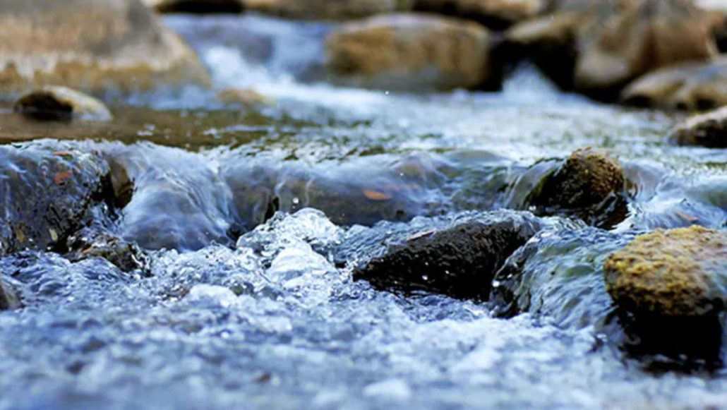 Acqua che scorre, come il Tao